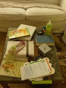 Chaos auf dem Wohnzimmertisch...