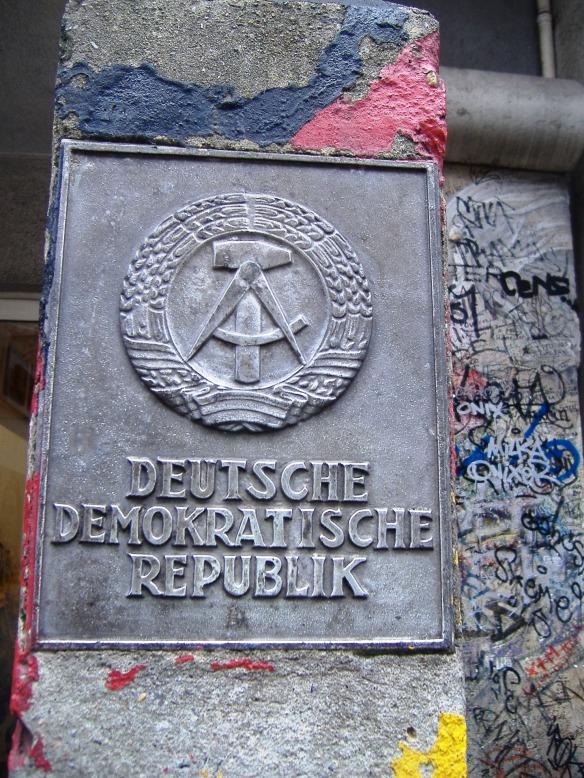 german-democratic-republic-700256_1920